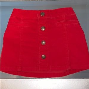 Old Navy. Red Trendy Skirt ❤️